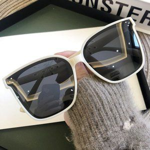 Retro Style Sunglasses UV400 Protection Mens Women
